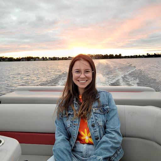 Alicia Arguello Photo 12