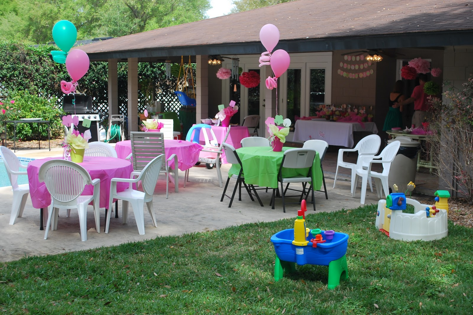 The Stuart Family: Georgia Kate's First Birthday Party