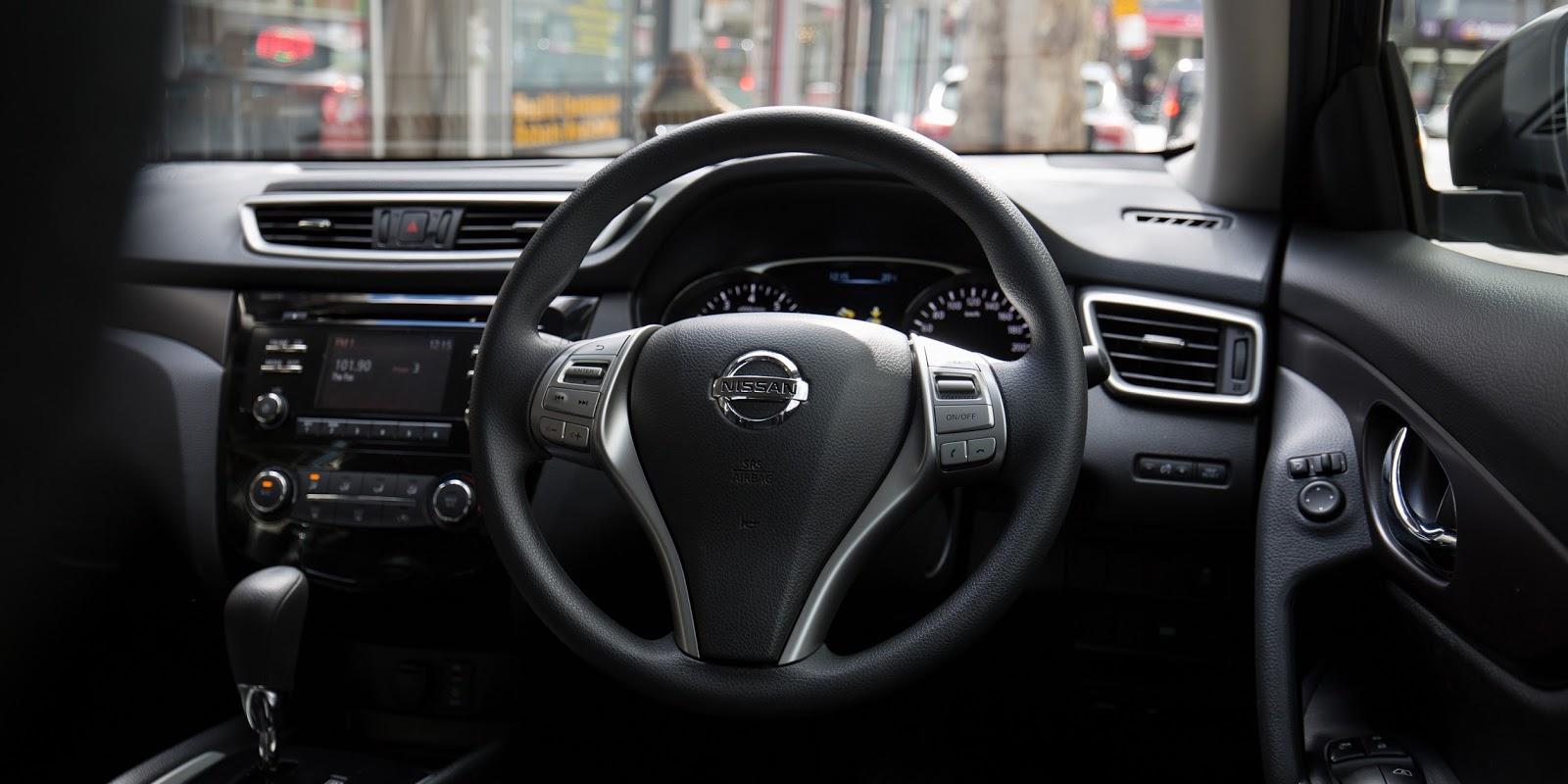 Tính năng kết nối, an toàn giúp xe hoạt động ổn trên mọi cung đường