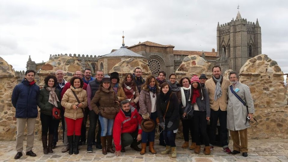 Foto de grupo #CiudadesPatrimonio desde la Muralla de Ávila