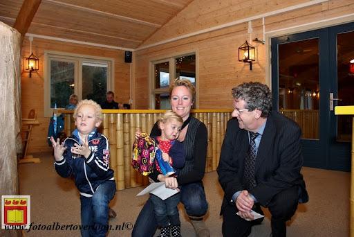 Prijsuitreiking ballonnenwedstrijd  kermis Vierlingsbeek en Overloon 01-12-2012 (20).JPG