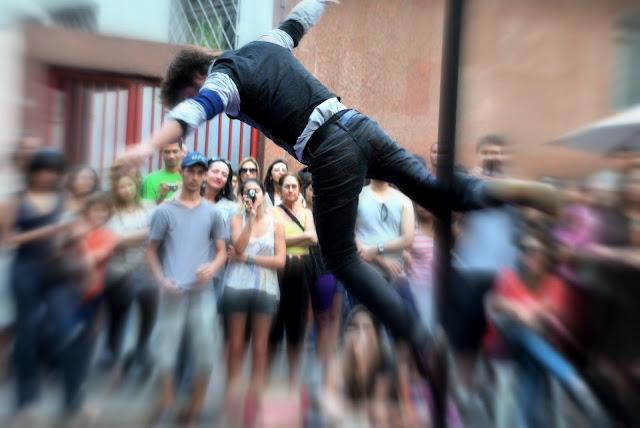 Na Savassi tem festa de rua francesa