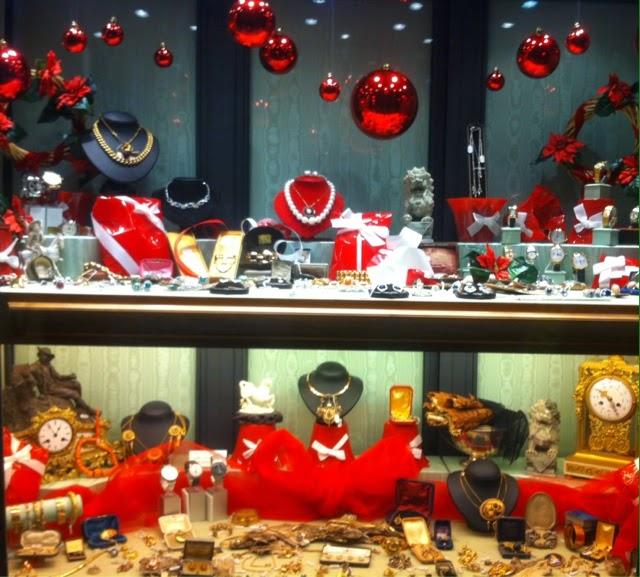 Foto vetrine natalizie gioiellerie