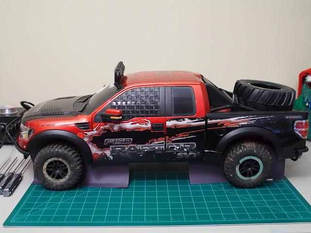 c8cd4f742966 1 6 New Bright Raptor + 1 8 Exceed Mad Torque Sorta Scaler