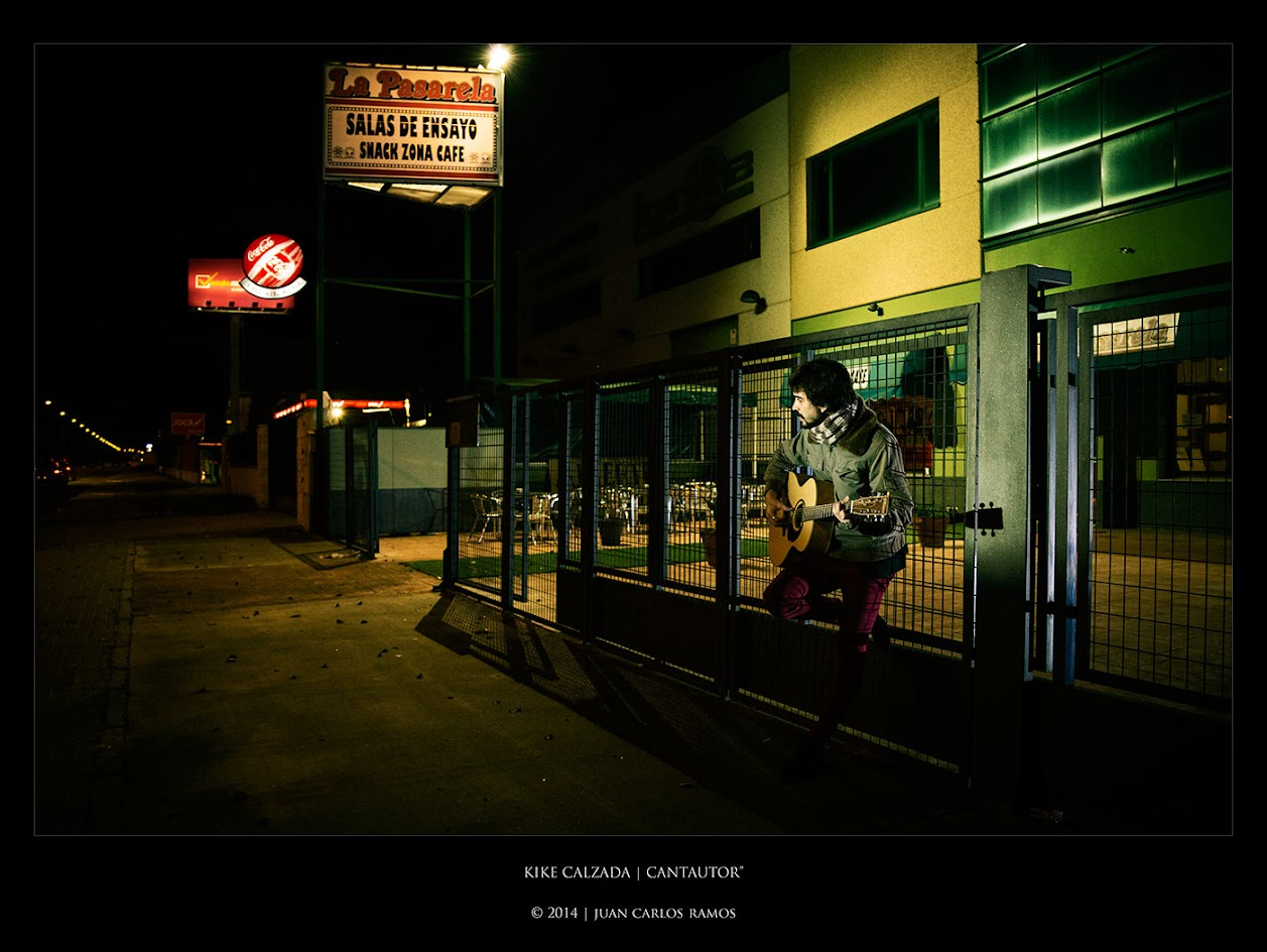 Kike Calzada | Cantautor por Juan Carlos Ramos fotografo retrato toledo