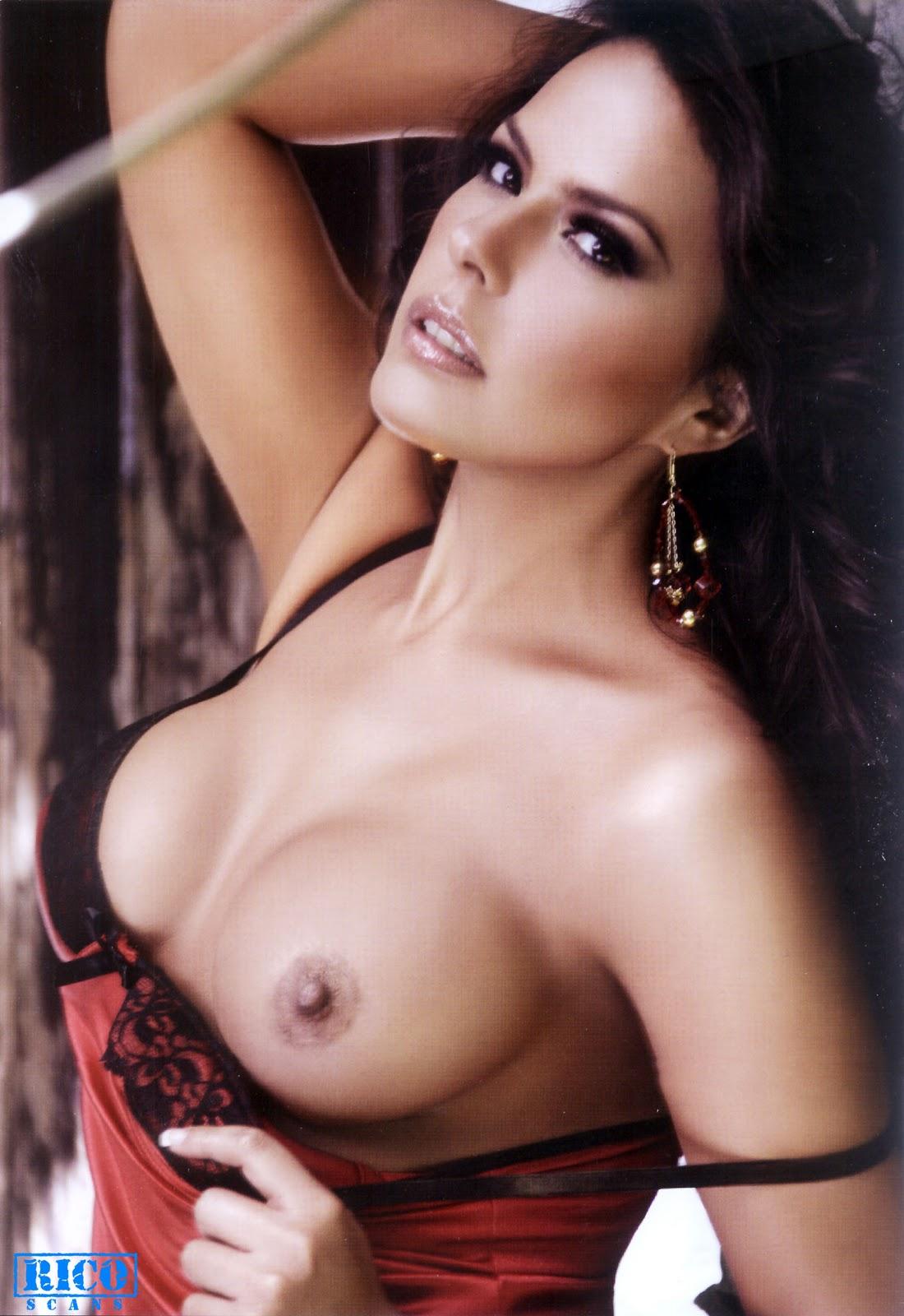 Gaby Elizalde Desnuda Revista H Etremo