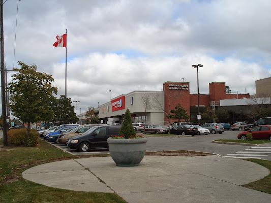 Eglinton Square, 1 Eglinton Square, Toronto, ON M1L 2K1, Canada