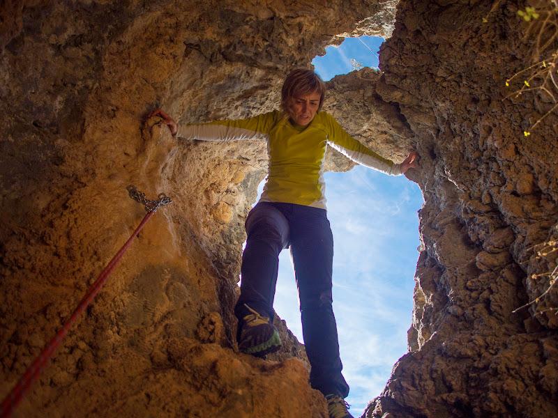 Entrant a la cova dels Contrabandistes