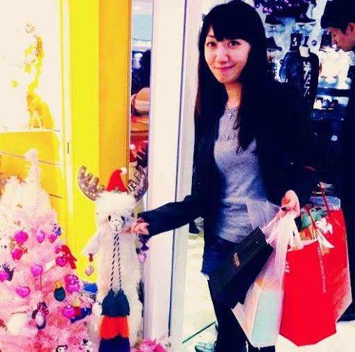 Theresa Lam Photo 20