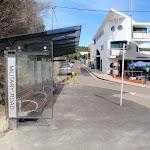 Bus stop at base of Gap Steps (256484)