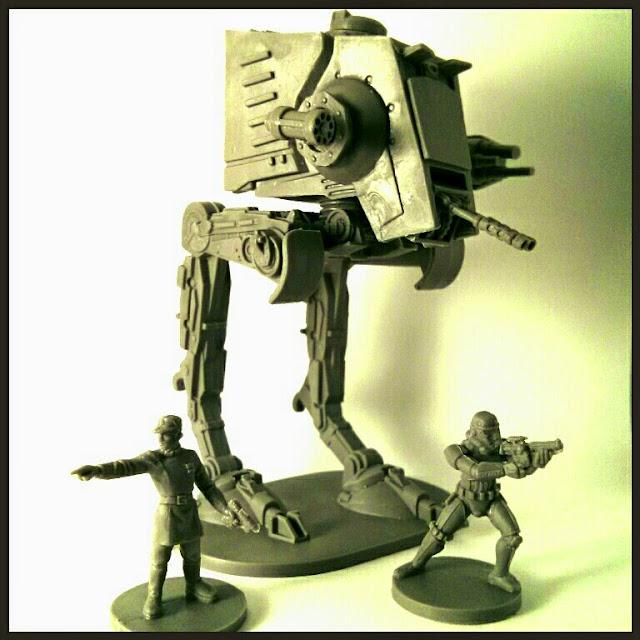 Tamaño de AT-ST de Imperial Assault