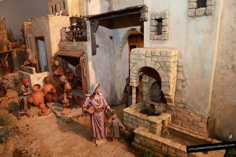 Belén de la Asociación de Belenistas de Valencia, está en la Casa Punt de Ganxo, detrás de la Catedral