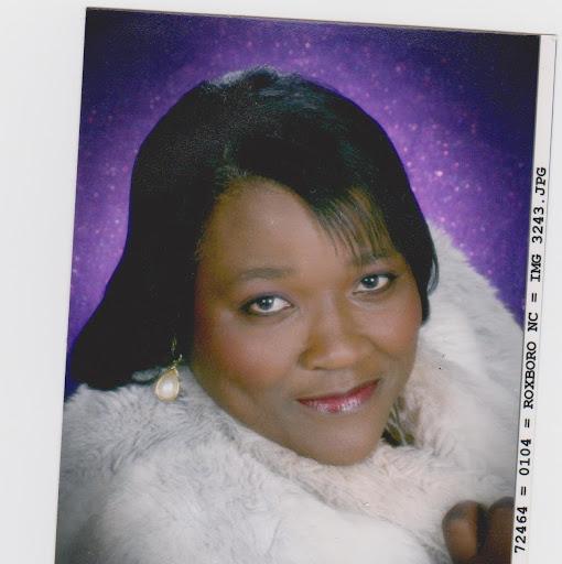 Deloise Johnson Photo 3
