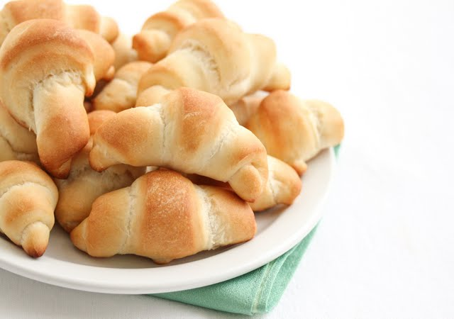 photo of a plate of Crescent rolls