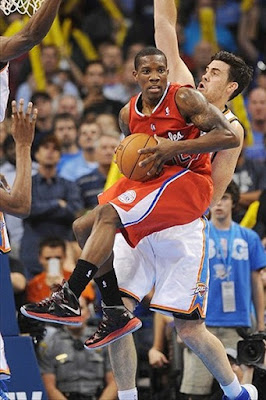 wearing brons nba lebron10 pressure eric bledsoe 02 Wearing Brons: LeBron X, 9 and Soldier 6 Sightings all over NBA