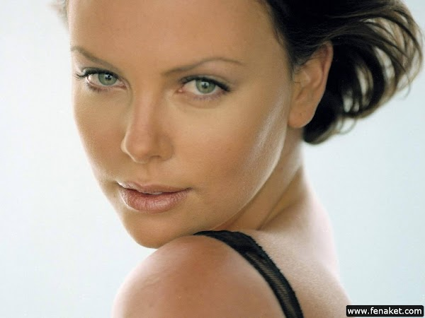 Charlize_Theron_200_HQ_Photos part 7(21)  #hot:hot,picasa