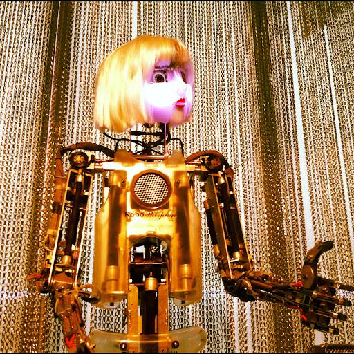robot muncyt