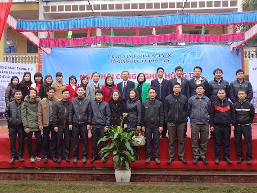 Tham dự ngày hội CNTT ngành giáo dục và đào tạo Thái Nguyên Lần thứ nhất
