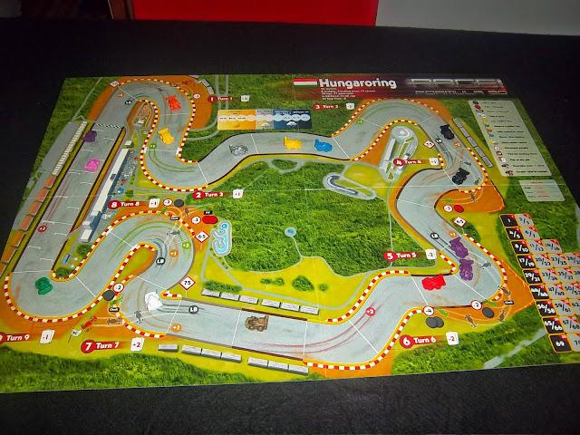 RACE! FORMULA 90 - Primeiras impressões 100_2091