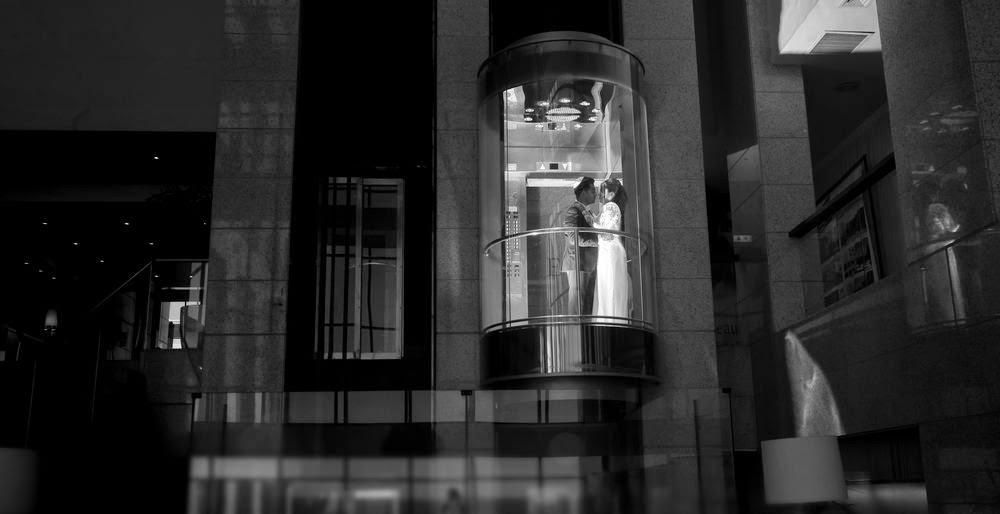 TRASH THE DRESS 052-3838797 יניב שמן טראש דה דרס- צילומי זוגיות.  מקומות ,רעיונות צילומי טראש דה דרס תמונות טראש דה דרס, YANIV SHEMEN , צילומי זוגיות רעיונות צילום מקומות צילום, טראש דה דרס ישראל,צילומי טראש דה דרס אירופה, צילומי חתונה רעיונות,צלם חתונה, צילום אומנותי