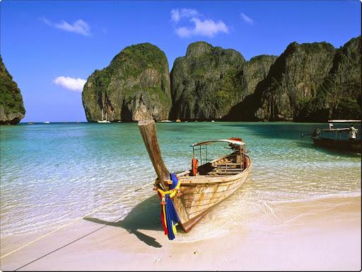 May Bay, Phi Phi Island, Thailand.jpg