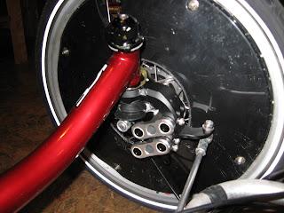 Installation d'une suspension avant sur un ICE Q Img_2677