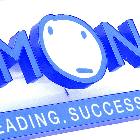Kumon Learning Center signage