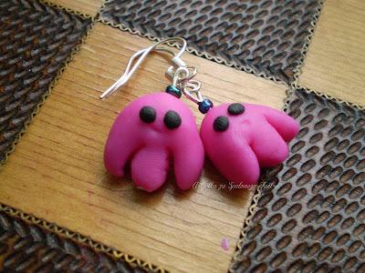 http://uciekam-w-nieznane.blogspot.com/2013/01/kolczyki-rozowe-osmiorniczki.html#h=630-1422191367785