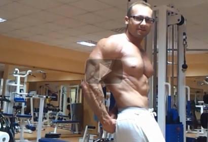 Massive Bodybuilder ORLIK Posing Flexing
