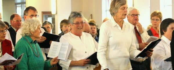 Hilda Payne, members of Evensong Choir and members of congregation
