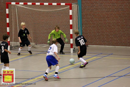 internationaal zaalvoetbaltoernooi Raayhal overloon 17-06-2012 (43).JPG
