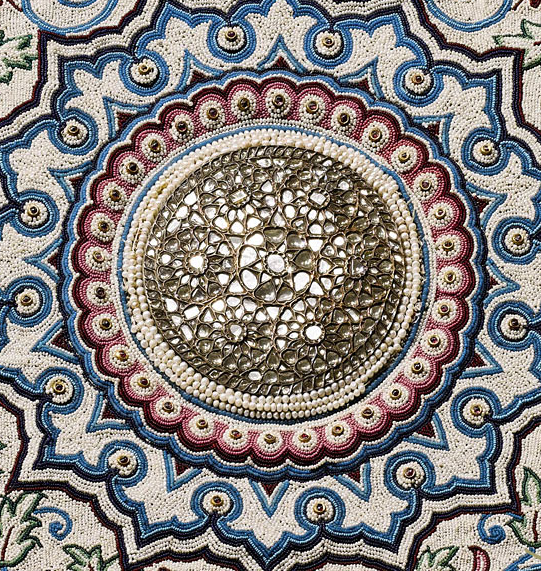 Baroda Pearl Carpet (Detailed View)