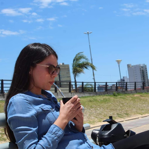 Raquel Barrios Photo 11
