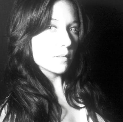 Emily Royce Photo 21