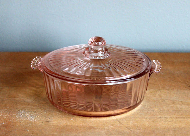 Pink depression glass candy dish with lid available for rent from www.momentarilyyours.com, $3.