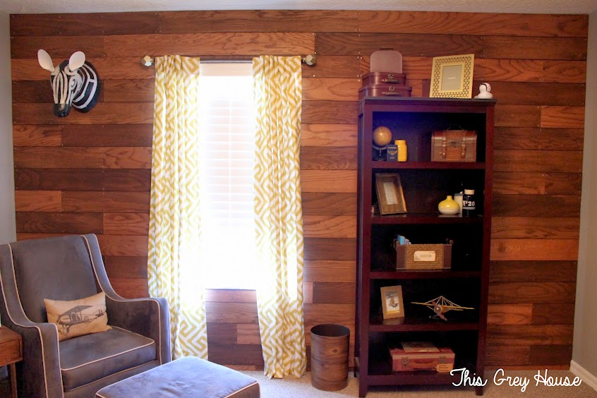 pallet wall, diy pallet wall, wood plank wall, world travel nursery
