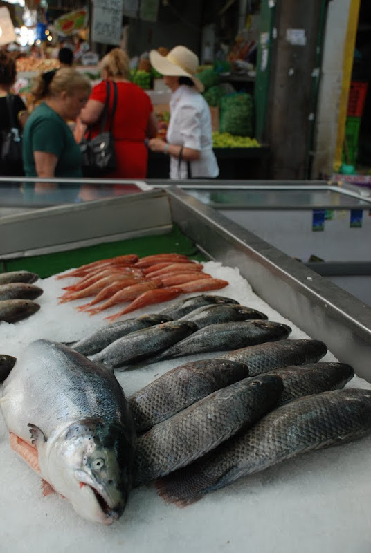 fish at shuk hatikva, israel