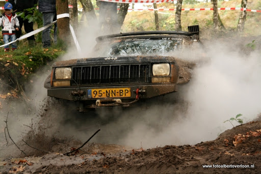 4x4 Circuit Duivenbos overloon 09-10-2011 (19).JPG