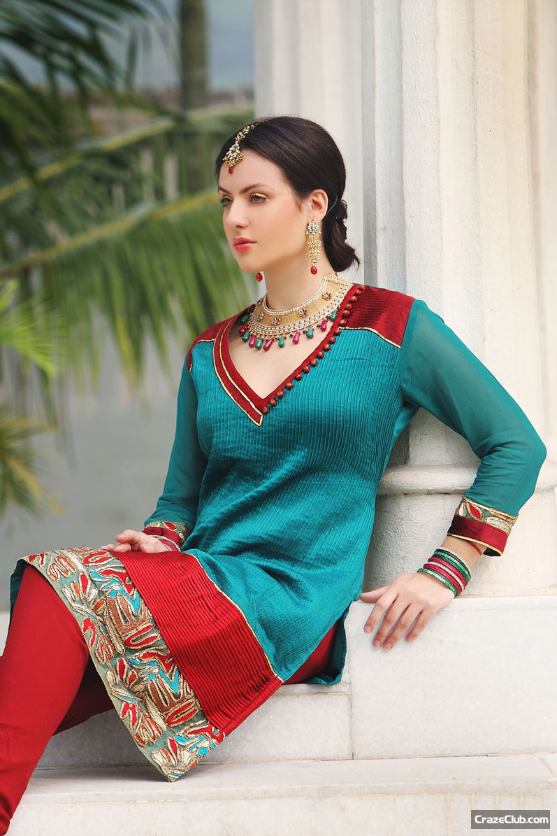 Party Wear : Pakistani Girls Fashion, pakistani fashion, desi fashion