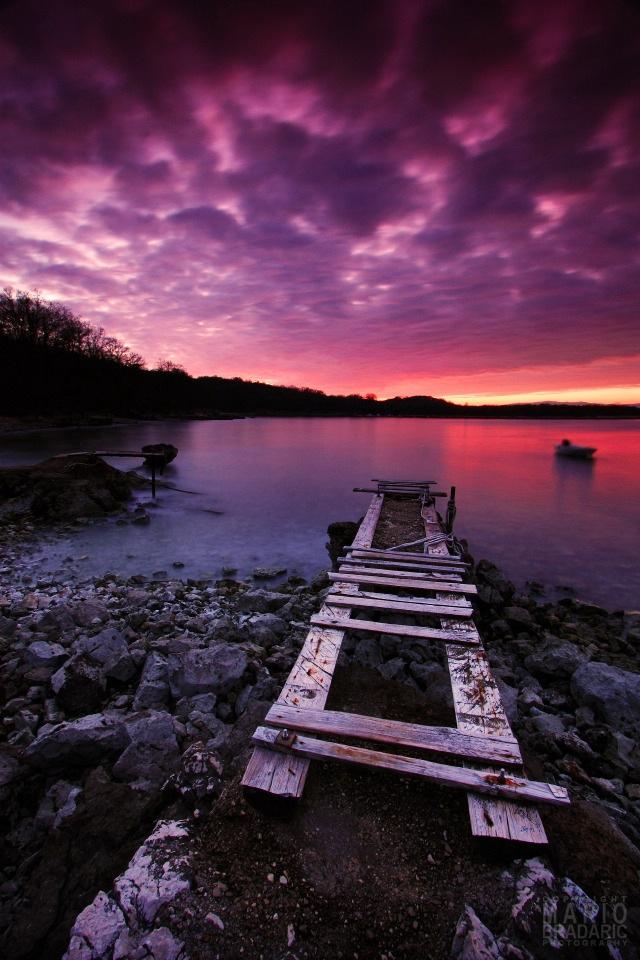 Purple Scenery Landscape HD Picture iPhone4 Desktop Wallpaper