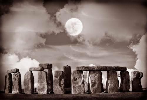 Solitary Moon Rite