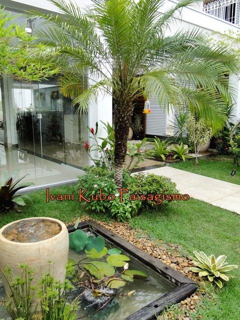 fotos de jardim tropical : fotos de jardim tropical:JARDIM TROPICAL COM LAGO E MUITA COR