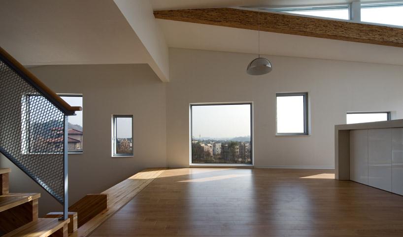 *首爾 Moon Hoon 全景六角形建築設計:溜滑梯+樓梯+書櫃強大結合! 9