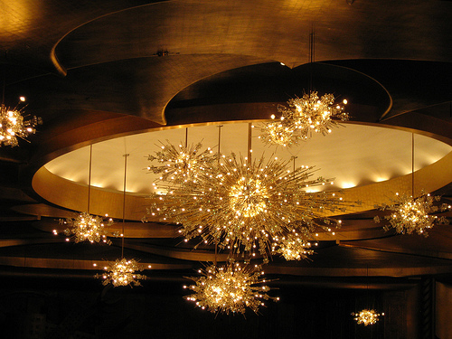 Halcyon Style Chandeliers Galore – Amazing Chandeliers