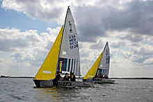 J/22 one-design sailboat- sailing Europe