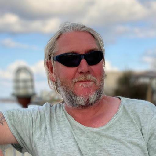 Erik Welker Photo 12