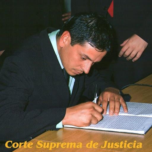 Cesar Alvarenga Photo 16
