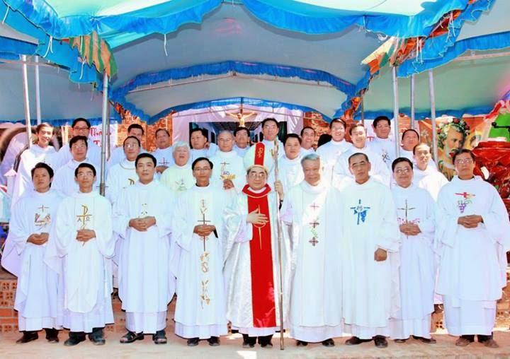 Thánh lễ Đặt Viên Đá xây dựng Nhà Thờ Ninh Căn - Hạt Ninh Hải - Tỉnh Ninh Thuận