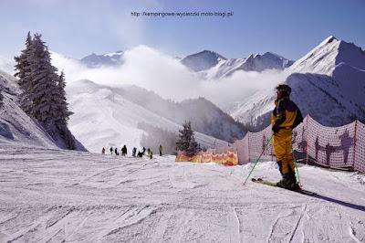 na zdjeciu widok na Alpy z trasy D7a