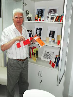 Joan Guasp amb Llibres Artesans al Museu de l'Aforisme